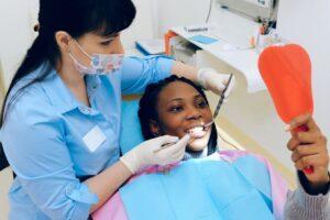 Read more about the article Vorteile einer regelmäßigen Zahn- und Kieferkontrolle